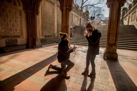 Proposing on one knee